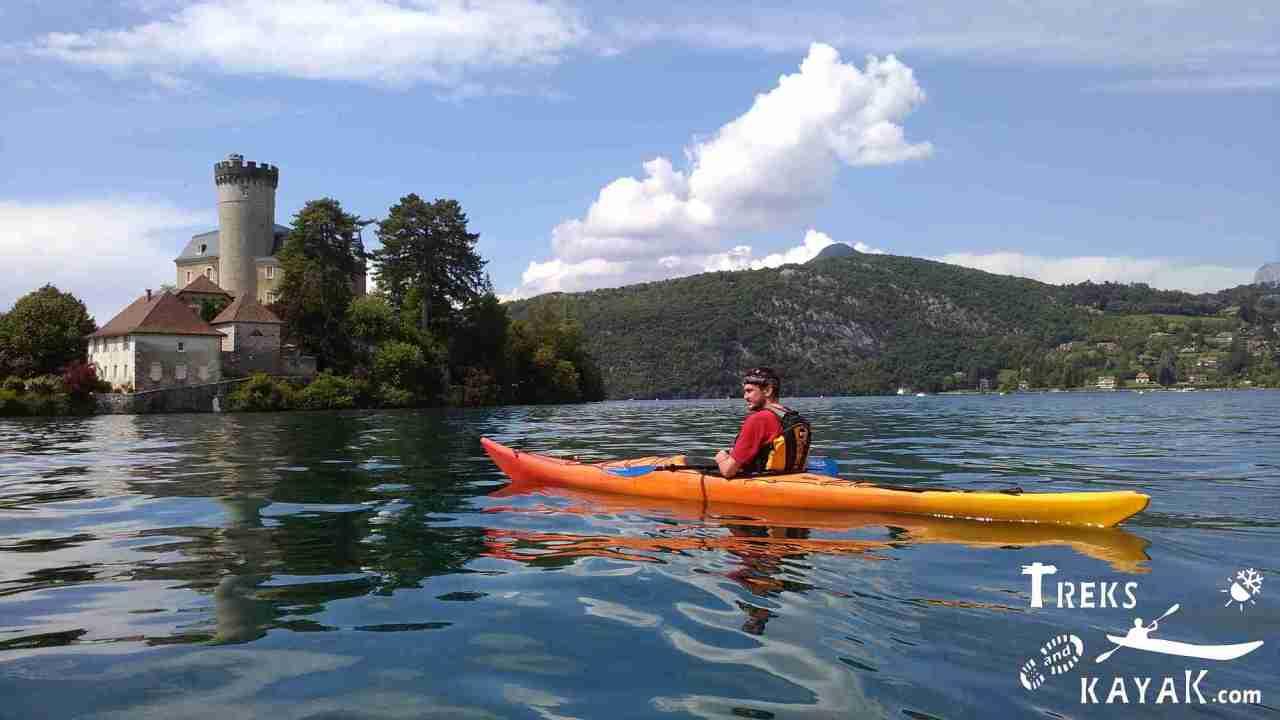 Le Lac d'Annecy, à pied, en kayak et àvélo